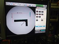 キーエンス社の最新画像寸法測定器